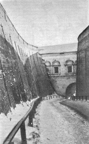 Тобольск. Подпорные стены Софийского взвоза. Конец XVIII в.