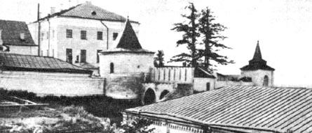 Тобольский кремль. Павлинская башня (в центре). Конец XVII в.